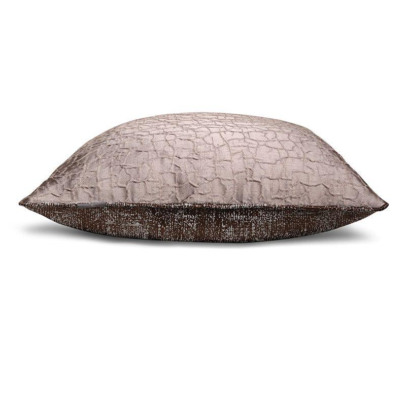 Hugo Victor Cushion TS036