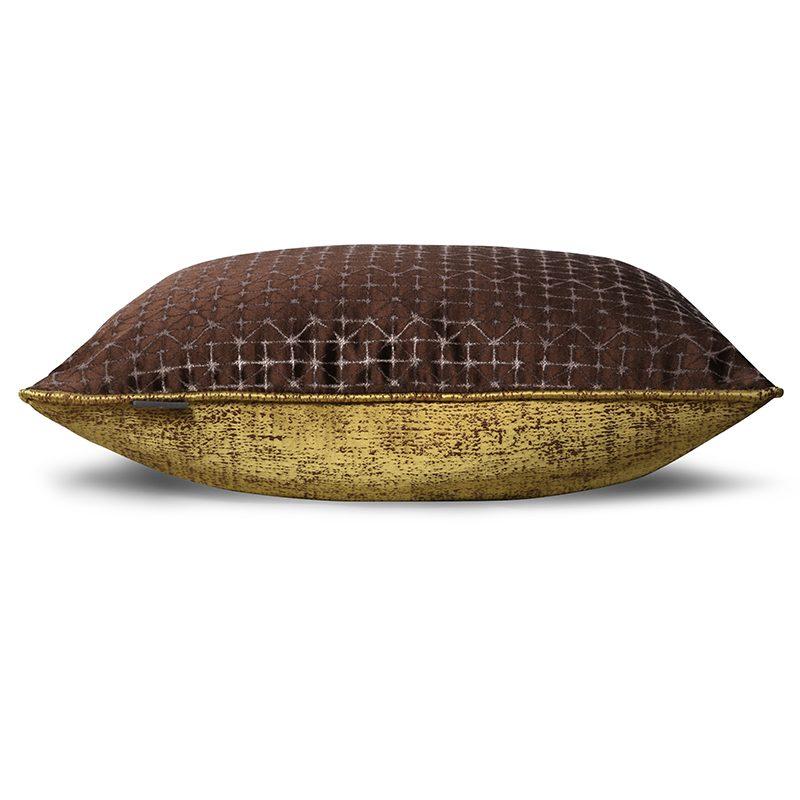 Hugo Otis Cushion TS041