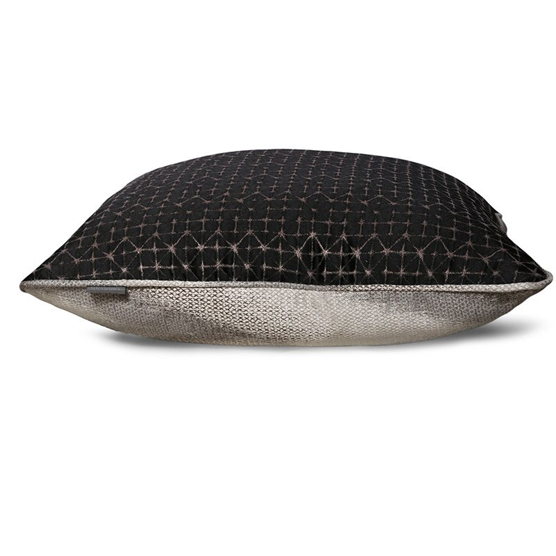 Agnes Otis Cushion TS043