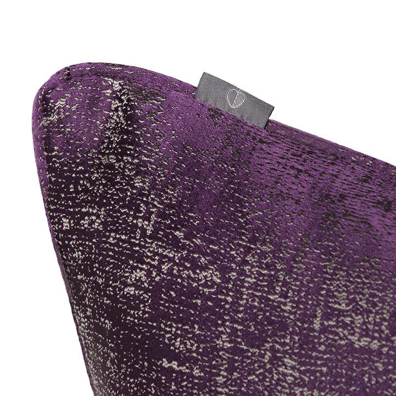 Hugo Otis Cushion TS046
